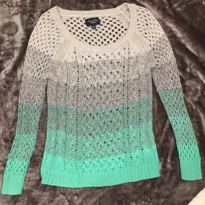 American Eagle | Ombré Sweater | Size: Small